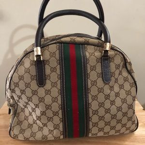 Preloved auth Gucci canvass bag